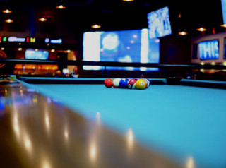 Pool Table Recovering In St Louis Pool Table Refelting Services - Pool table refelting near me
